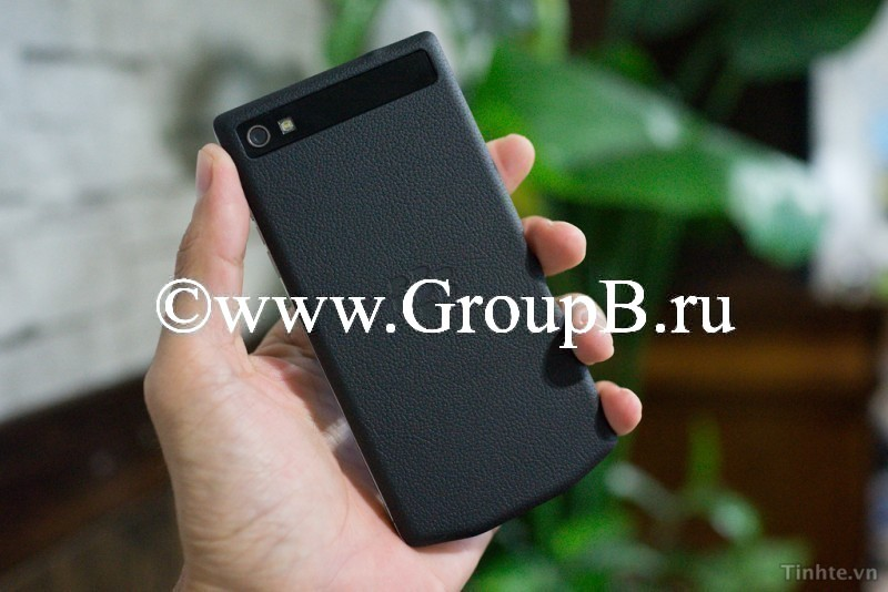 BlackBerry Z10 Porshe Design